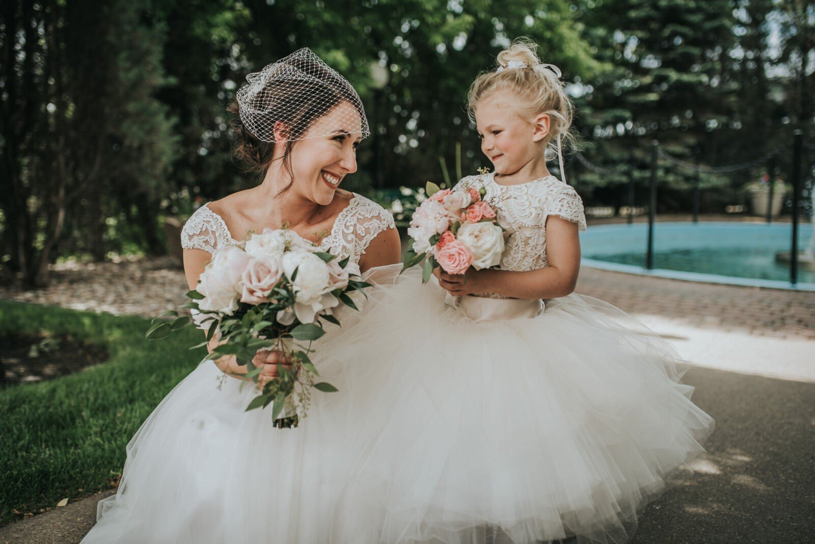 bride and flower girl alberta wedding