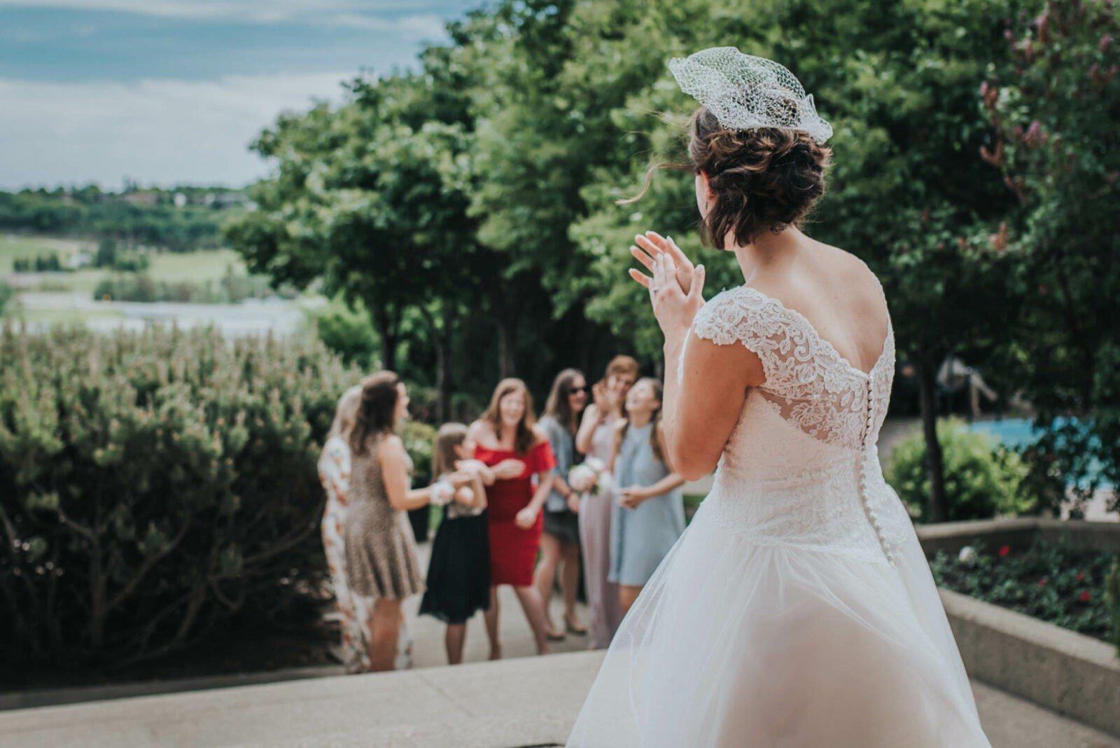 edmonton wedding bouquet toss